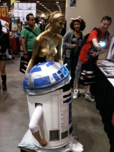 FanExpo 2011 C3P0 and R2D2 costumes